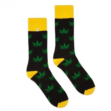 4lck Black yellow socks with green Cannabis leaves